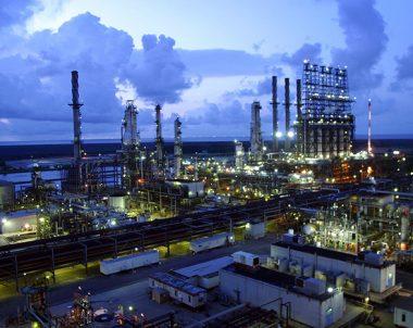 Yanıcı ve patlayıcı tesislerde exproof ürünler kullanılır.